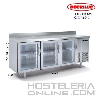 Mesa refrigerada puertas cristal y luz led 2000