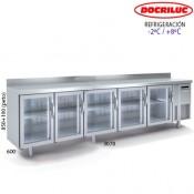 Mesa fría con puertas de cristal y luz led 3000