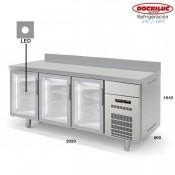 Altomostrador refrigerado Docriluc 200 (Puerta de cristal)