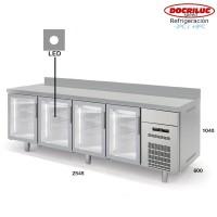 Altomostrador refrigerado Docriluc 250 (Puerta de cristal)